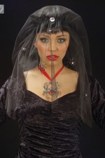 8452Y  Black Widow Veil