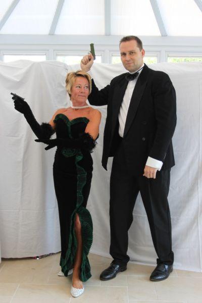 The gallery for james bond girl halloween costume - Deguisement james bond girl ...